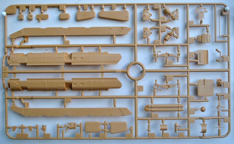 Tamiya-Somua-S-35-Plastikteile-13 SOMUA S-35 von Tamiya im Maßstab 1:35
