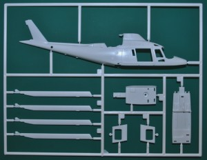 Revell-Augusta-A-109-REGA-26-300x232 Revell Augusta A-109 REGA (26)