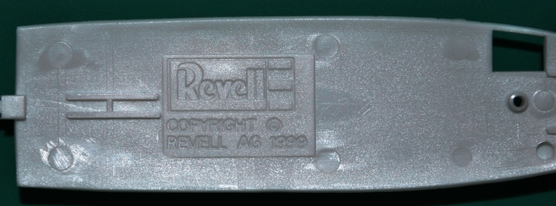 Revell-Augusta-A-109-REGA-9 Rettungshubschrauber Augusta A-109K2 der REGA (Revell 1:72)