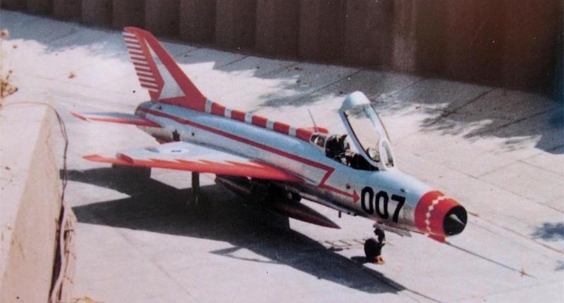 """Wingman-decal-WMD48007MiG-21-F13-007-3 """"007"""" in Israel - die MiG-21 F13"""
