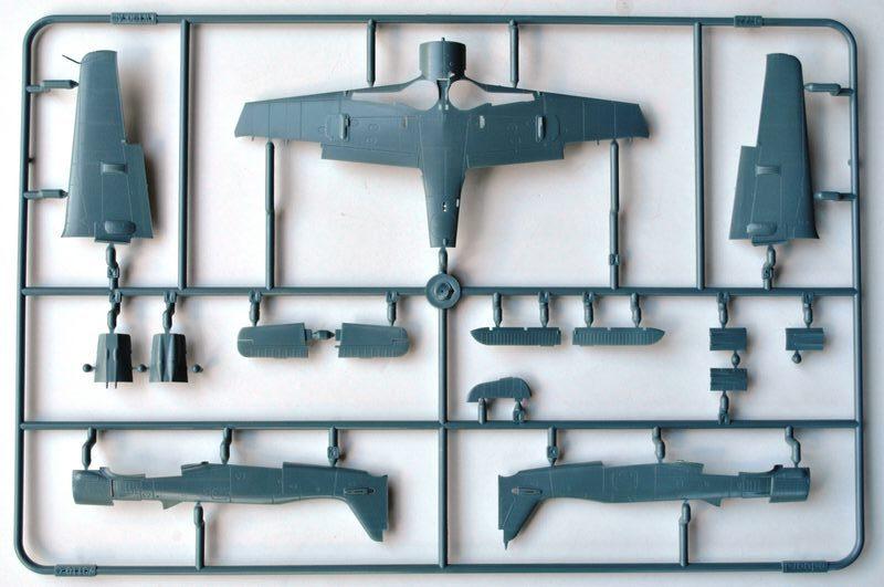 Eduard-70111-FW-190-A-8-1 FW 190 A-8 im Maßstab 1:72 von Eduard