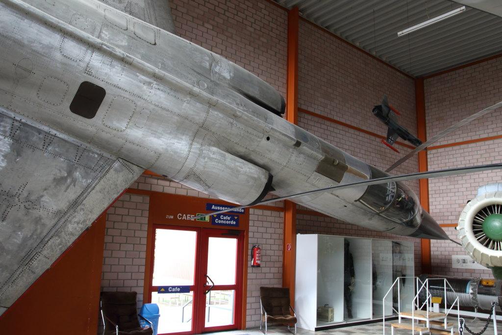 Flugzeugausstellung_H_002 Flugausstellung Peter Junior, Hermeskeil