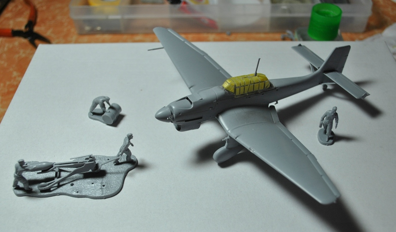 Zvezda-German-Air-Force-GRound-Crew-13 Zvezda German Air Force Ground Crew in 1:72