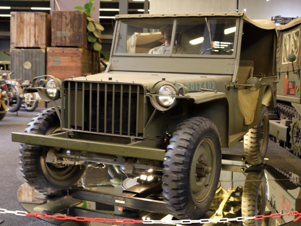 ov1 Miniart U.S. 4x4 Truck Bantam 40 BRC w/Crew 1:35