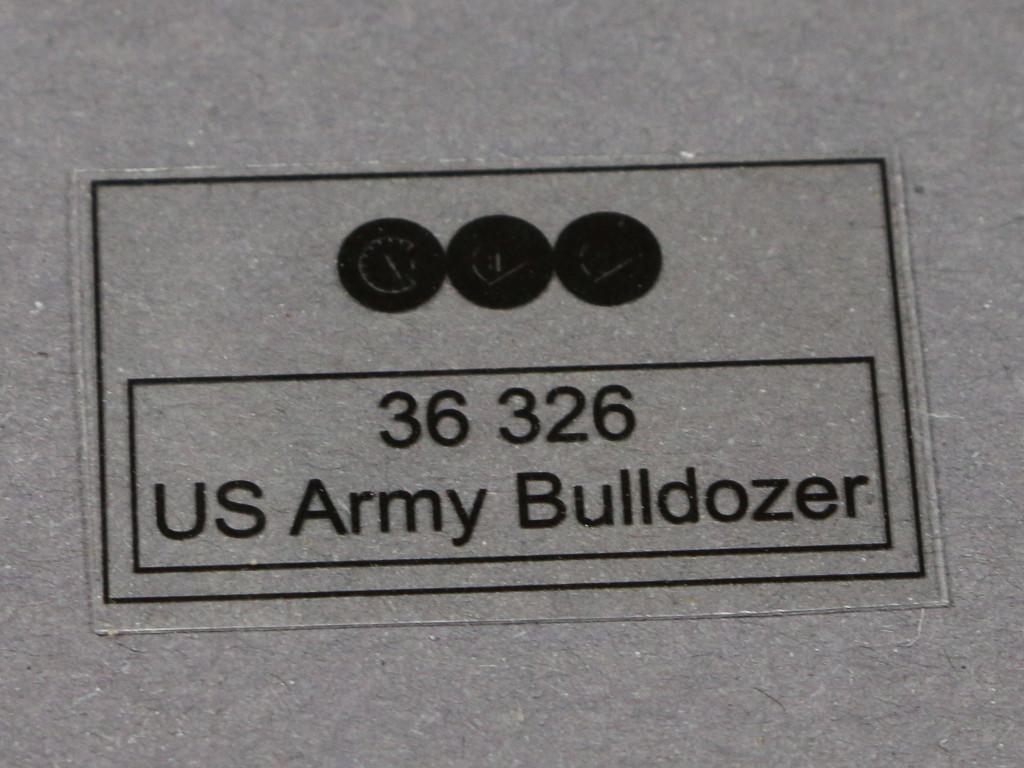 41 US Army Bulldozer Eduard 36326 1:35