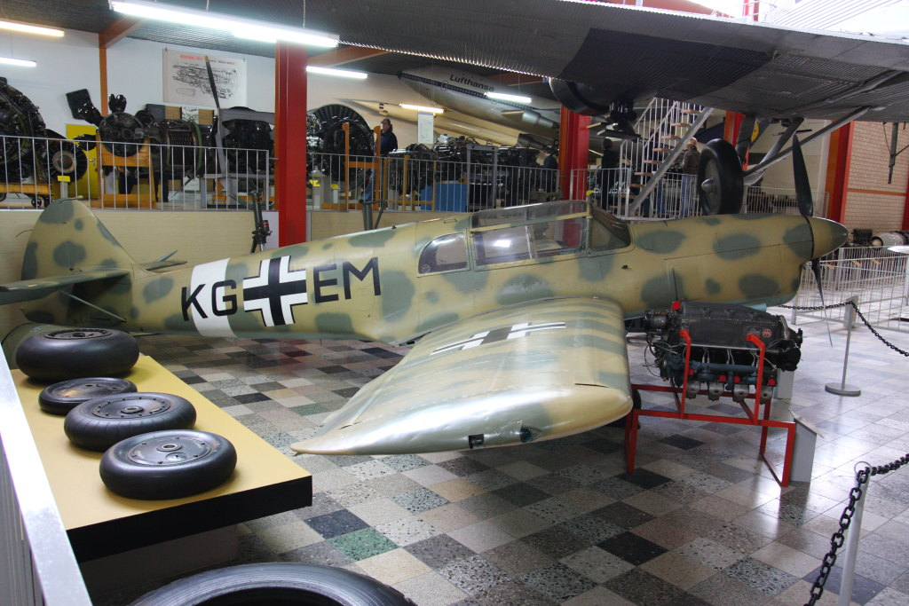 Flugz.-Museum-Hermeskeil__005_22-10-2009 Bf 108 - Eduard Profi Pack - 1/48 --- #8078