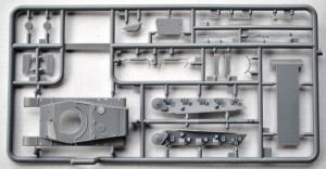IBG-72028-Toldi-II-3-300x156 ungarischer Panzer TOLDI II von IBG (1:72)