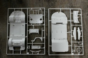 Revell-07009-VW-T1-Samab-1zu16-3-300x198 Revell 07009 VW T1 Samab 1zu16 (3)