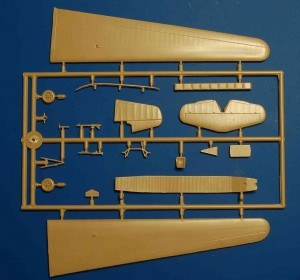 """DFS230_Luftwaffe_Glider_Sprue_1-300x280 DFS 230 """"Unternehmen Rösselsprung"""" Luftwaffe Glider von RS Models in 1:72"""