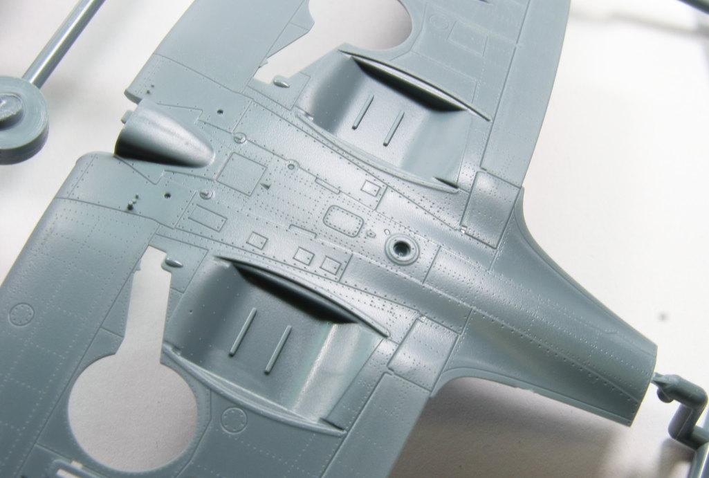 Eduard_Spitfire-Mk.XVI_04 Spitfire Mk.XVI Bubbletop - Eduard Weekend Edition - 1/48 --- #84141