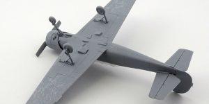 Jakovlev Jak-52 von ARK Model (1:48)