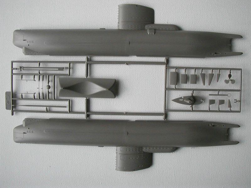 Revell-05140-Typ-XXIII-U-Boot-10 Typ XXIII U-Boot von Revell / ICM im Maßstab 1:144