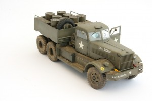 M19-043-300x200 Build Review : U.S. M19 Tank Transporter with Hard Top Cab 1:35 Merit International (63501)