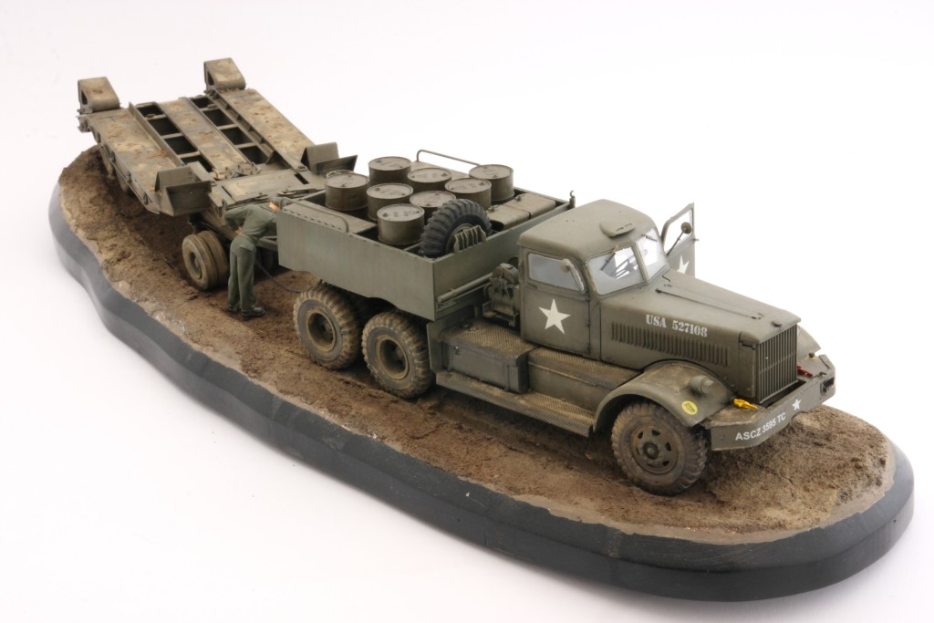 M19-048 Build Review : U.S. M19 Tank Transporter with Hard Top Cab 1:35 Merit International (63501)