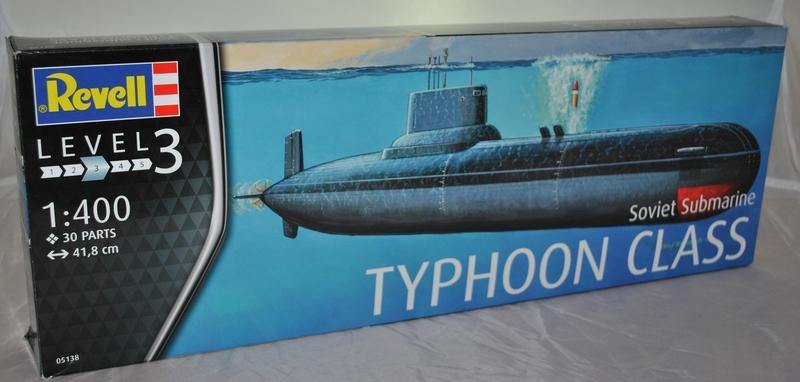 Revell-05138-Soviet-Submarine-Typhoon-Class-1 Typhoon Class Submarine (Revell 1:400)