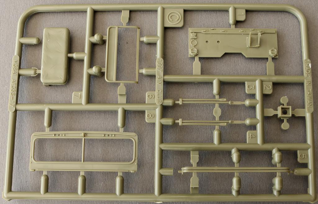 14-3 M38A1 U.S. 1/4 Ton Army & Marine 1:35 AFV Club (AF35S17)