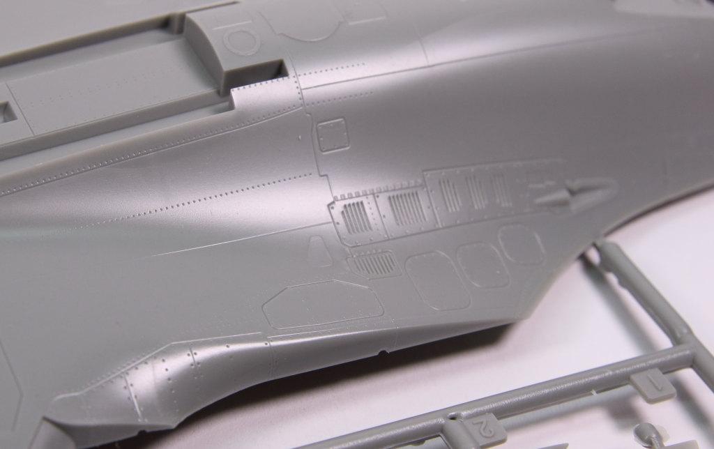 Kinetic_Su-33_005 Su-33 Flanker D  -  Kinetic  1/48 --- #48062