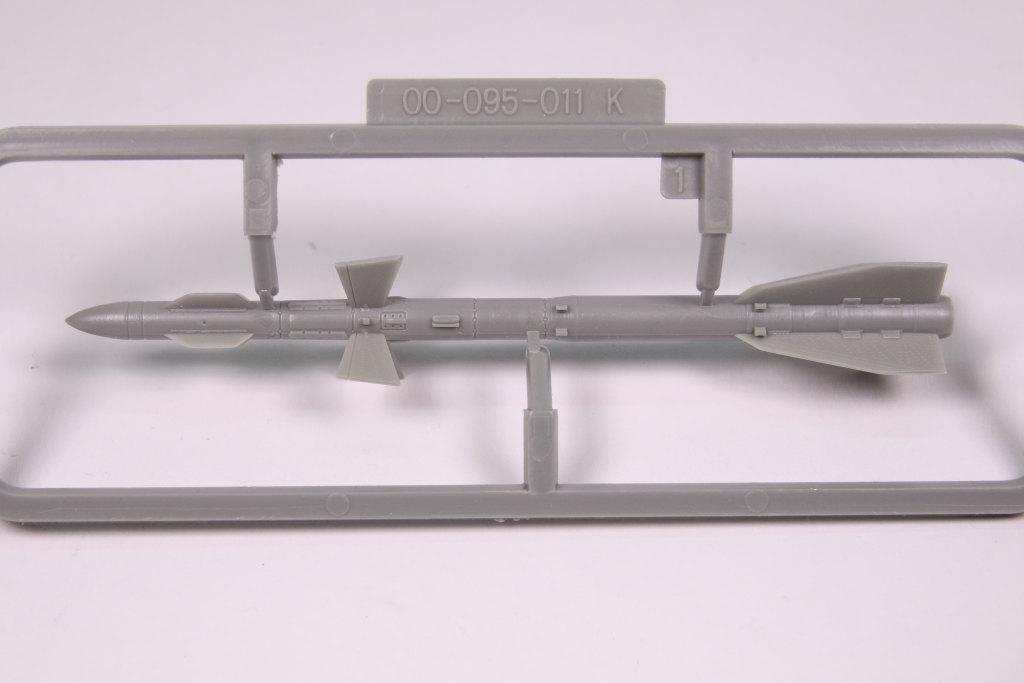 Kinetic_Su-33_075 Su-33 Flanker D  -  Kinetic  1/48 --- #48062