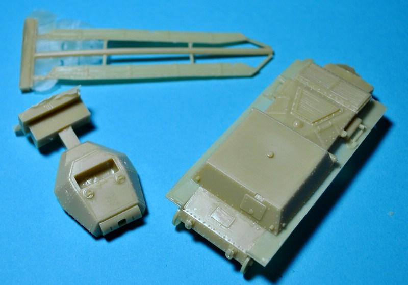 ModellTrans-72306-P-40-Carro-Armato-21 Carro Armato P.40 von Modelltrans ( MT 72306 ) im Maßstab 1:72