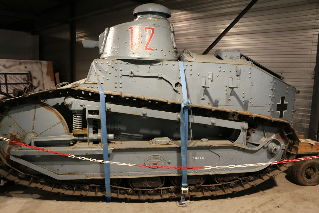 image001 French FT-17 Light Tank Riveted Turret (Meng TS-011)
