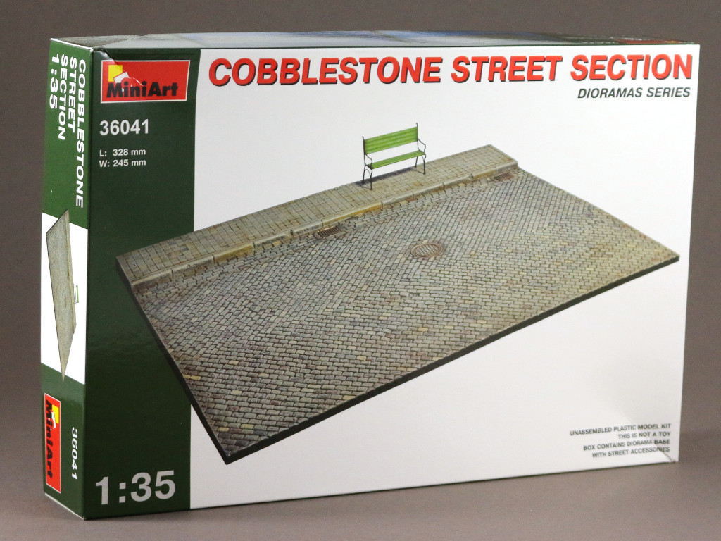 1 Cobblestone Street Section 1:35 Miniart (36041)