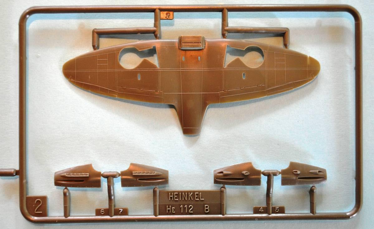 Heller-Heinkel-He-112-12 Kit-Archäologie: Heinkel He 112 von Heller im Maßstab 1:72