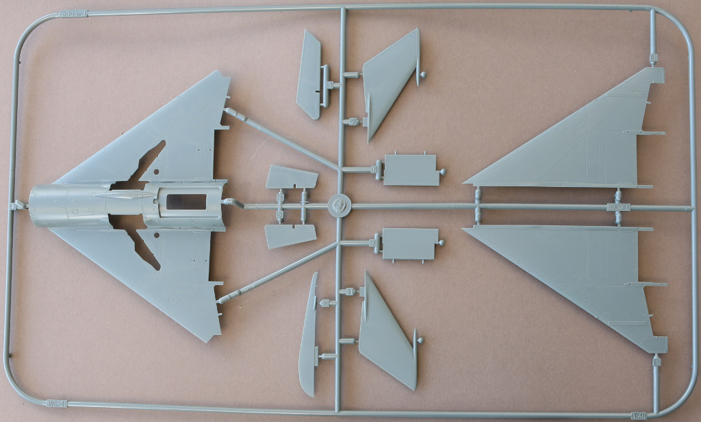 Mig-L Sound of Silence ( MiG-21 und Skyhawk) 1:48 Eduard