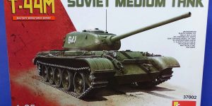 T-44M von Mini Art (1:35 # 37002)