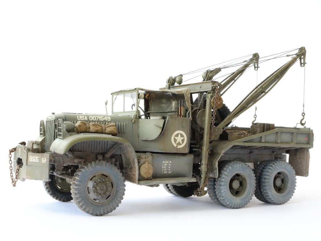 Wrecker-101 Build Review : Diamond T 969A Wrecker Mirror Models 1:35