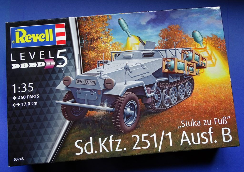 "DSC04642-1024x724 Sd.Kfz.251/1 Ausf.B ""Stuka zu Fuß"". Revell 03248."