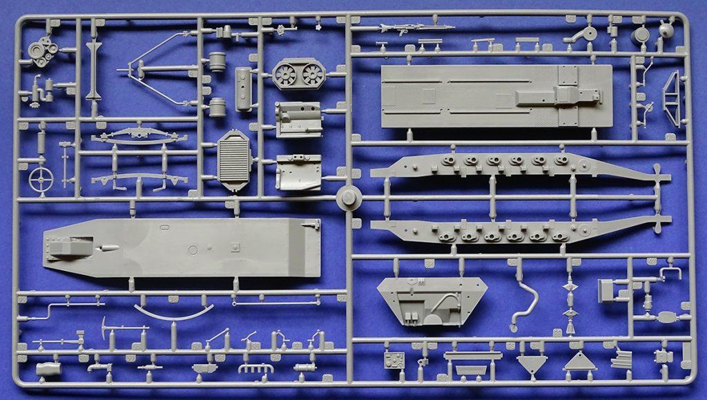 "DSC04660-1024x579 Sd.Kfz.251/1 Ausf.B ""Stuka zu Fuß"". Revell 03248."