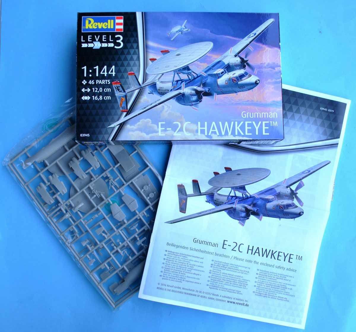 Revell-03945-Grumman-E-2C-Hawkeye-11-e1475684549606 Grumman E-2C Hawkeye von Revell im Maßstab 1:144 ( 3945 )