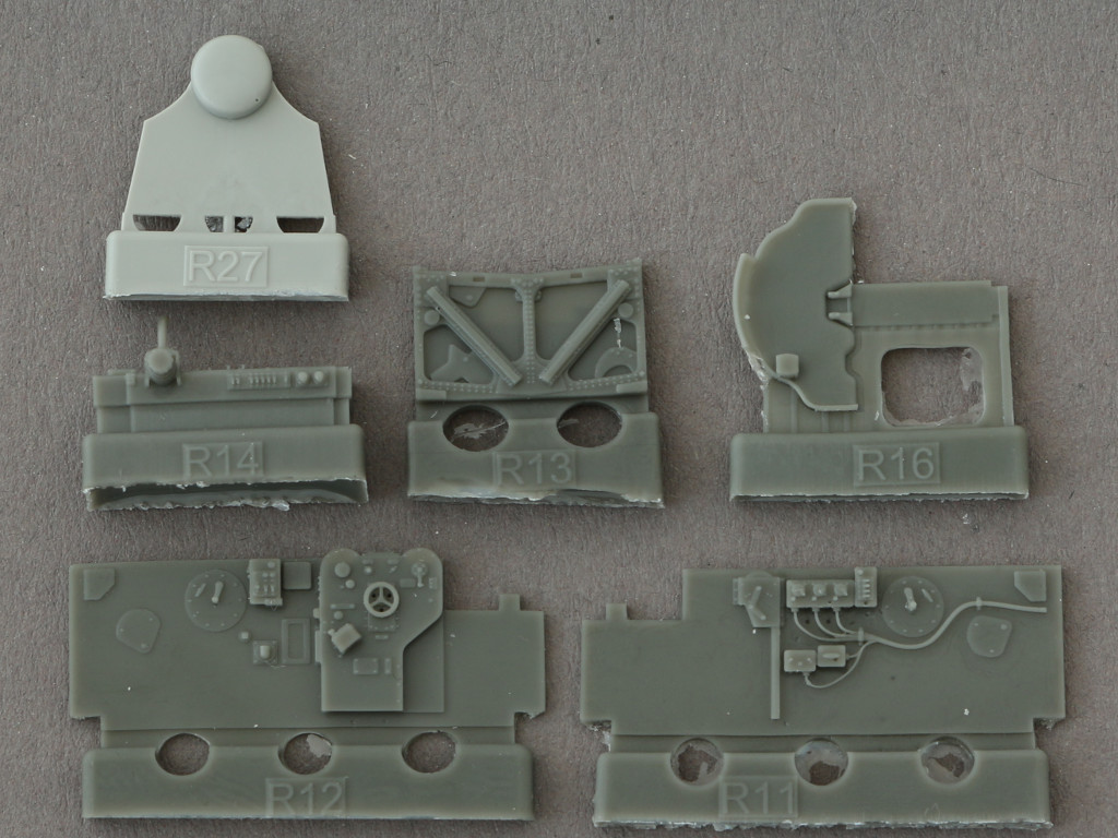 5-3 Eduard Brassin P-38F Cockpit for Academy Kit 1:48 (648277)
