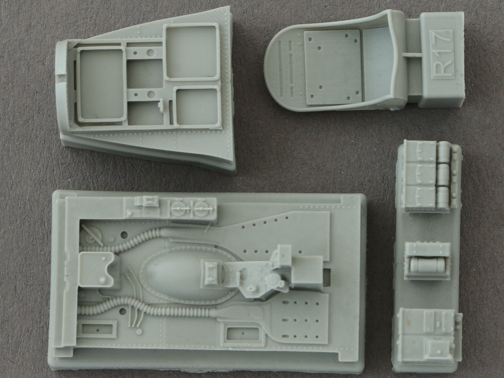 7-2 Eduard Brassin P-38F Cockpit for Academy Kit 1:48 (648277)