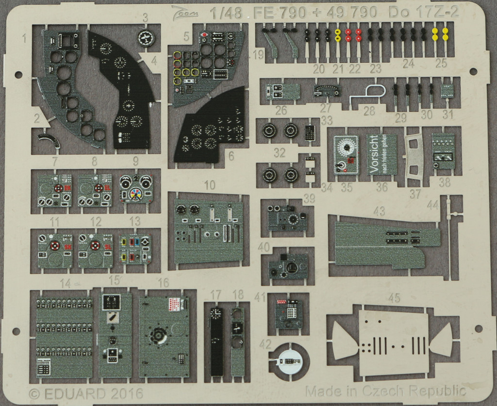 8-2 Diverses Zubehör von Eduard für die Dornier Do-17Z-2 von ICM