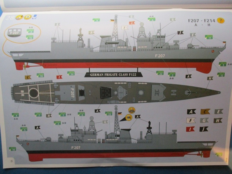 Revell-05143-German-Frigate-Class-F-122-11 German Frigate Class F 122 von Revell (1:300  #05143 )