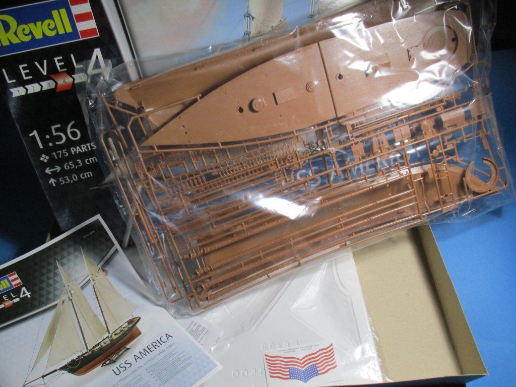 Revell-05416-USS-America-6 Yacht USS America im Maßstab 1:56 von Revell (# 05416 )