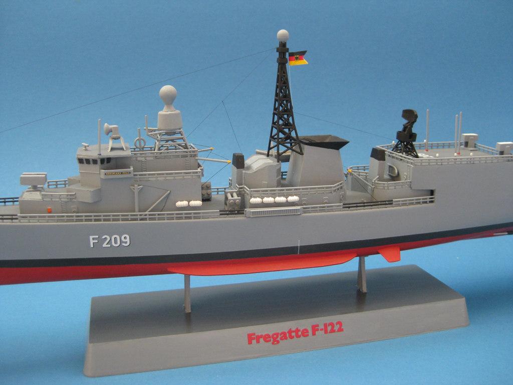 "Revell-F-122-als-FGS-Rheinand-Pfalz-8 FGS ""Rheinland-Pfalz"""