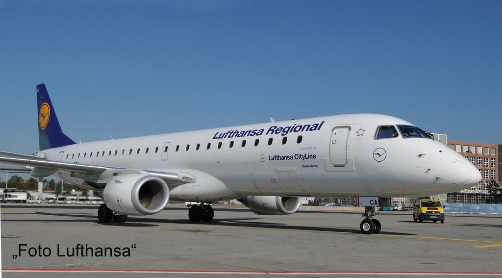 comp_17_03937-Embraer-190-Lufthansa-Foto-Lufthansa Direkt von der Revell Neuheitenshow - die Neuheiten des I. Quartals 2017