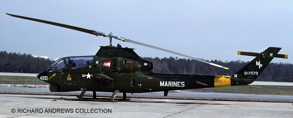 comp_18_04954-Bell-AH-1G-Cobra-c-RICHARD-ANDREWS-COLLECTION Direkt von der Revell Neuheitenshow - die Neuheiten des I. Quartals 2017