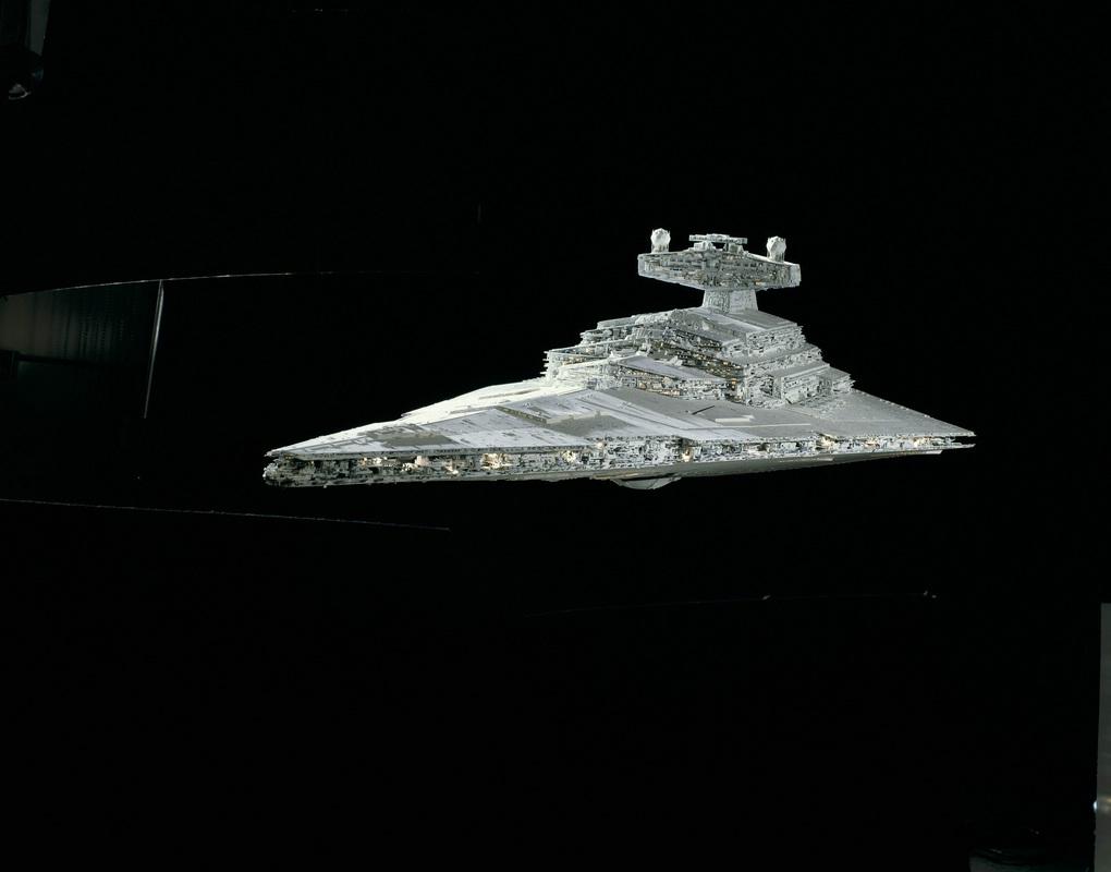comp_26_06052-Imperial-Star-Destroyer-40-Years-Star-Wars Direkt von der Revell Neuheitenshow - die Neuheiten des I. Quartals 2017