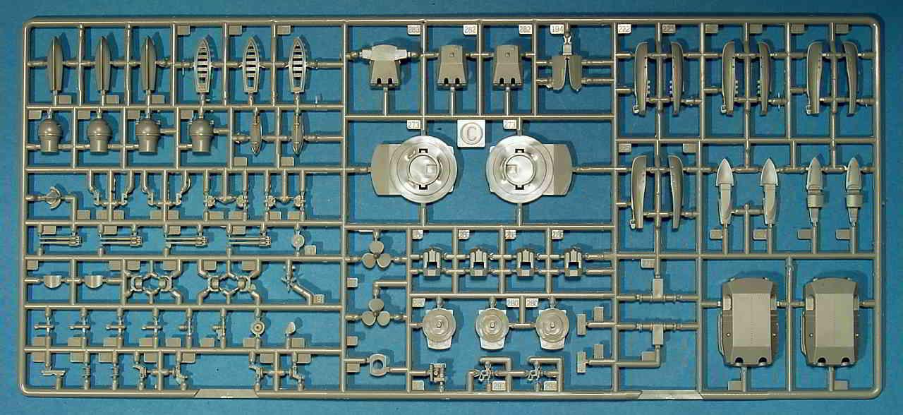 02_Spritzling_C_zweimal_vorhanden Bismarck Platinum Edition von Revell 1:350