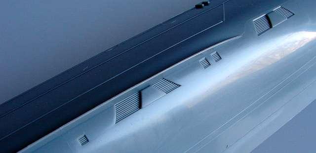 07_Kühlwassereintrittsöffnungen-im-Detail Bismarck Platinum Edition von Revell 1:350