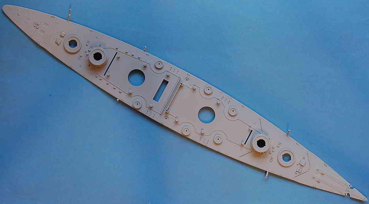 23_Spritzlinge_Deck Bismarck Platinum Edition von Revell 1:350