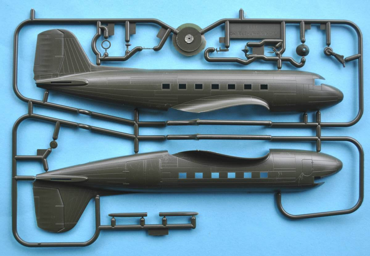 ArsenalM-227700011-C-47-IAF-1 Douglas C-47 Israelische Luftwaffe (ArsenaM 227700011) im Maßstab 1:87