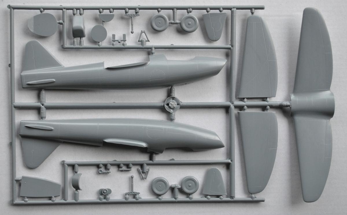 Special-Hobby-SH-48175-Heinekl-he-178-V-1-22 Heinkel He 178 V-1 von Special Hobby in 1:48