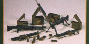 U.S. Weapons Vietnam plus model 316 (1:35)