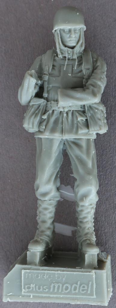 2-2 U.S. Soldiers, WWII Orderlies plus model 160 (1:35)