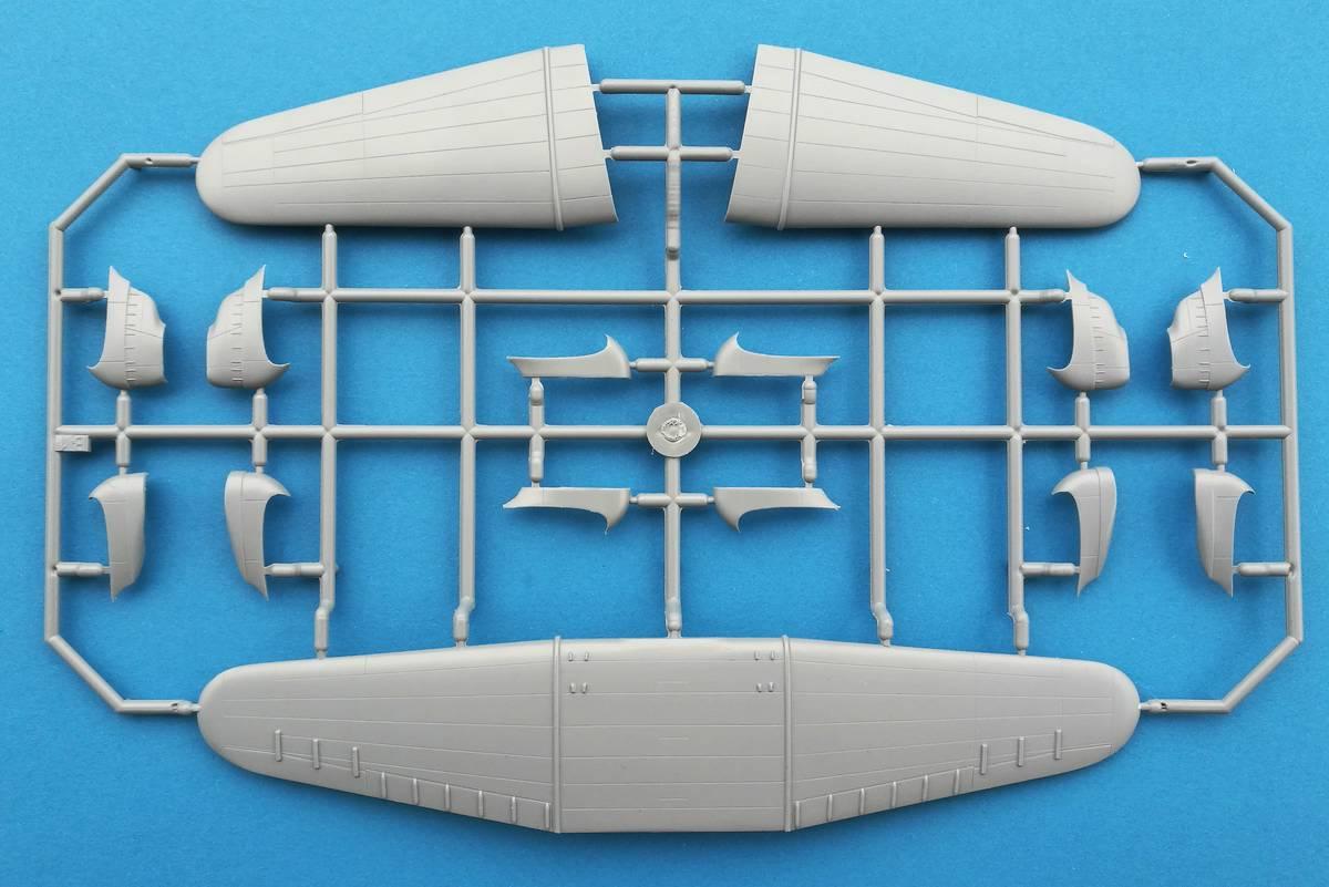 Frrom-Northrop-DElta-8 Northrop Delta von Frrom im Maßstab 1:72