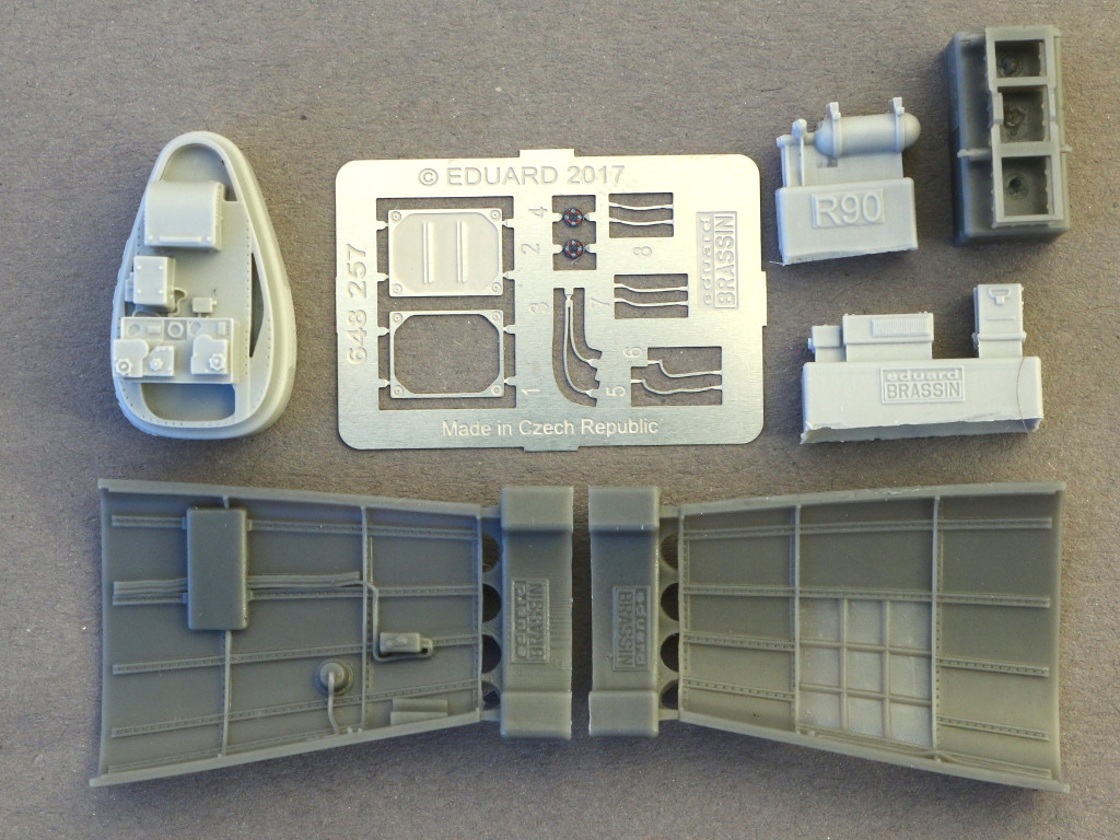 1-3 Bf 109 G2/4 Radio Compartment 1:48 Eduard (648257)